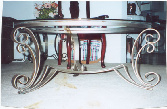 Fabulous Wrought Iron Outdoor Coffee Table 580 x 380 · 46 kB · jpeg